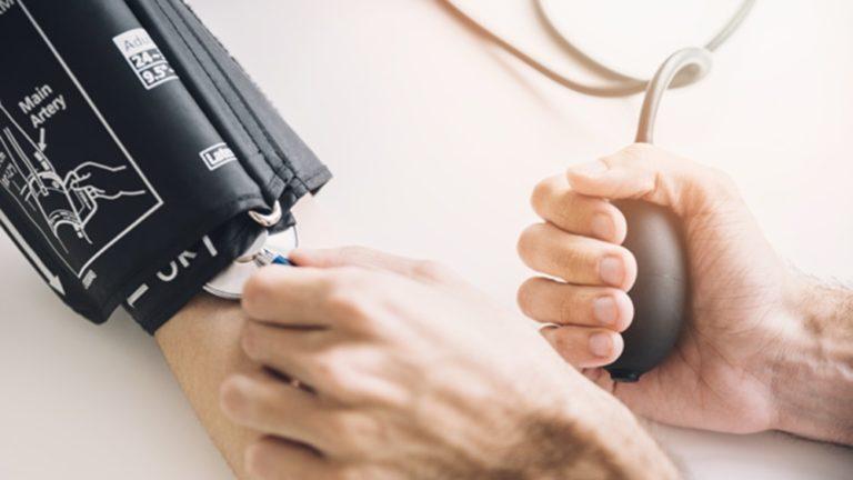 aparelho de pressão manual   esfigmomanometro mecanico